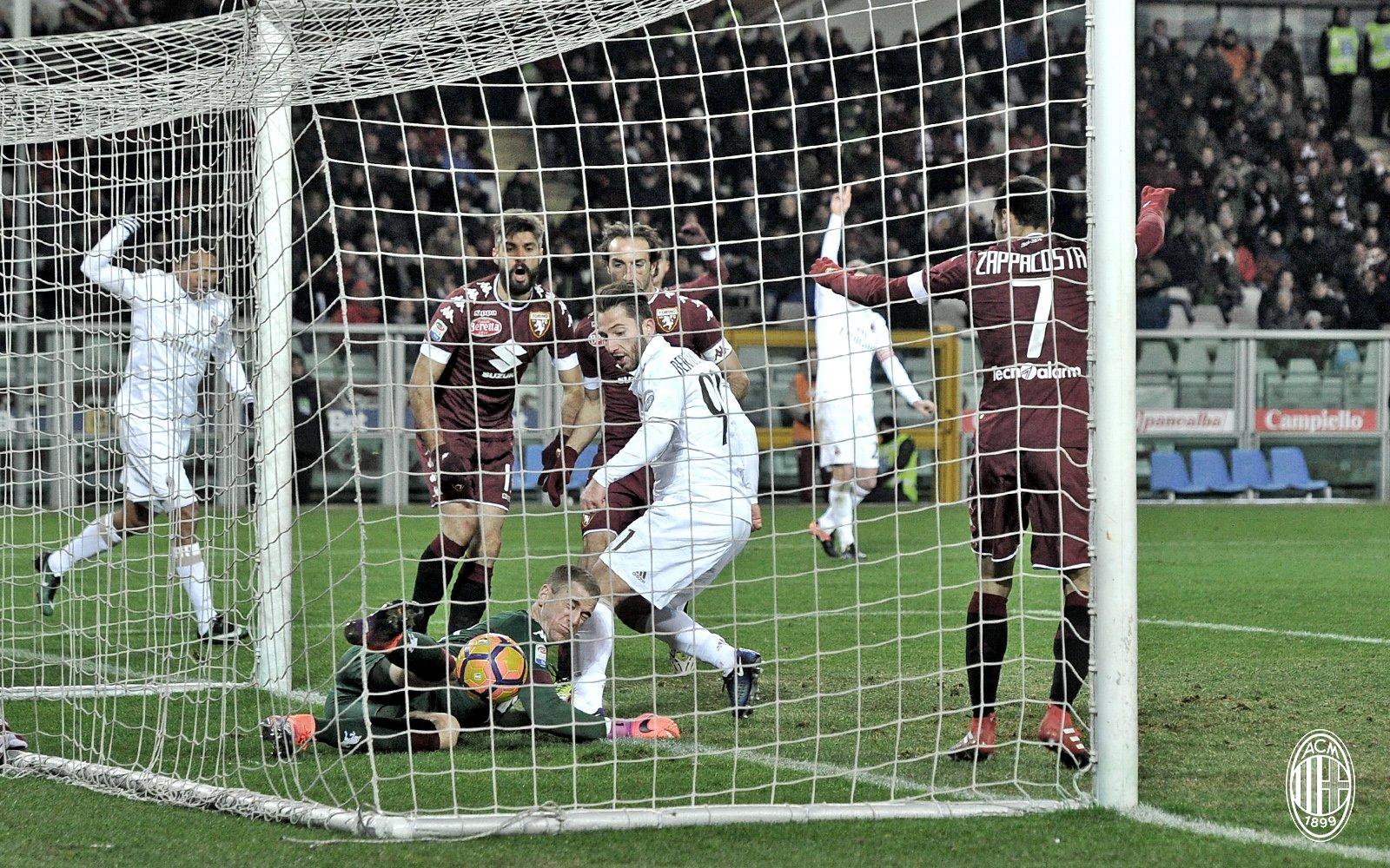 Andrea Bertolacci realizza il momentaneo 1-2 dell'Olimpico. Fonte foto: A.C. Milan