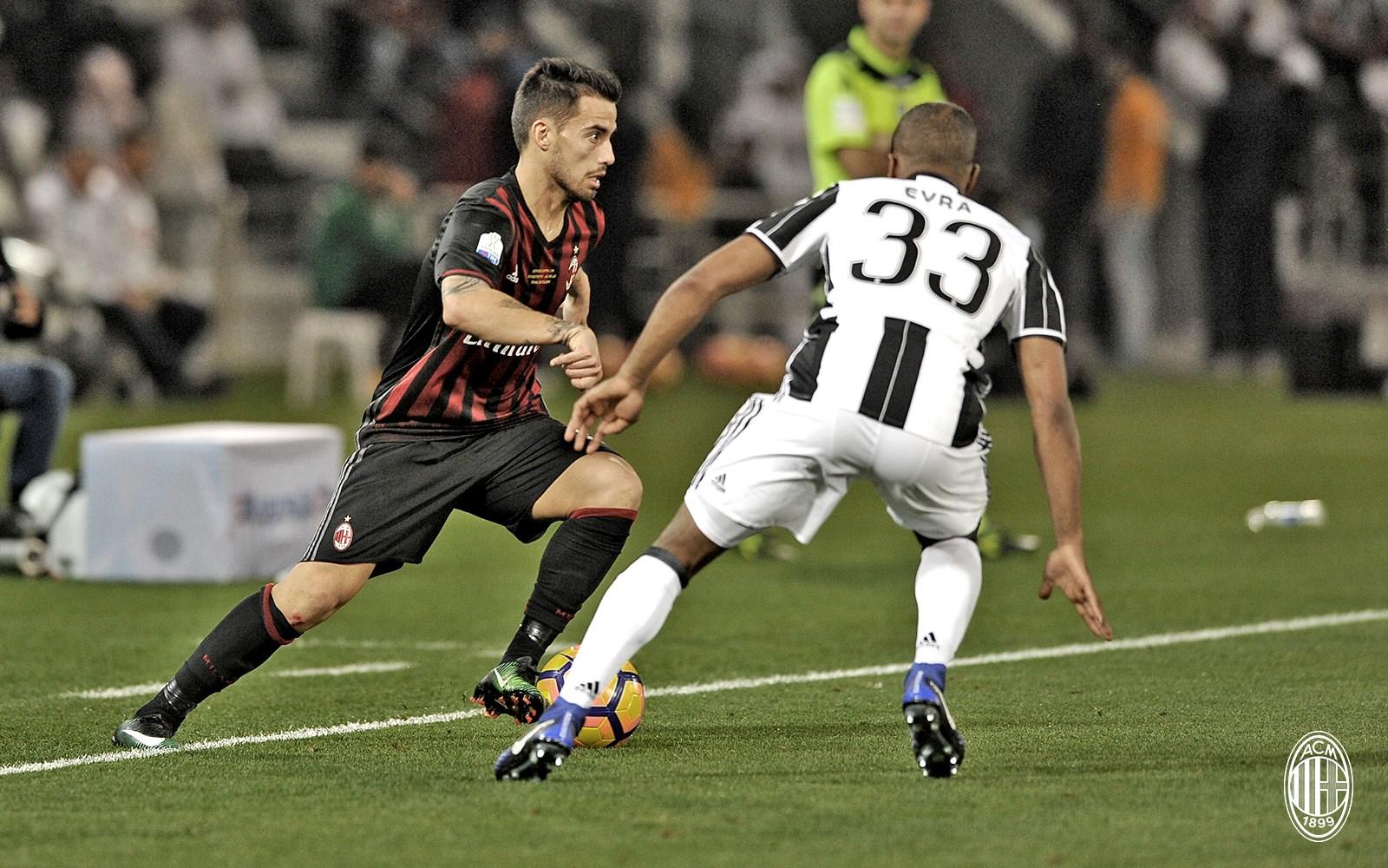 Suso contro Evra. Fonte foto: A.C. Milan