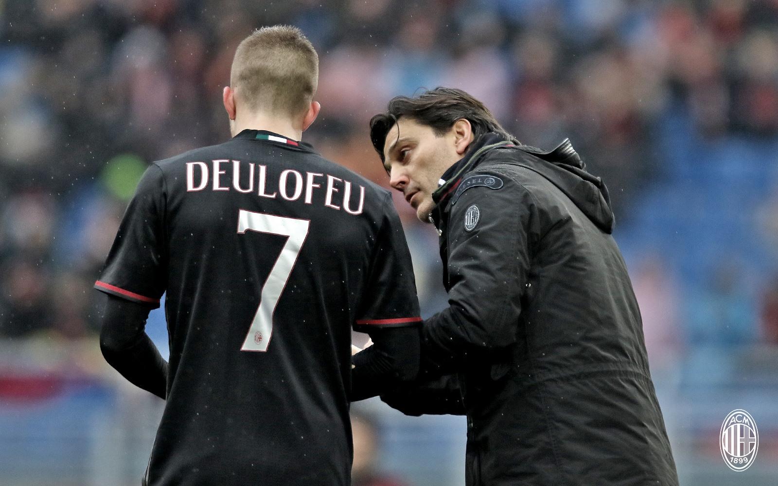 Deulofeu e Montella durante Milan-Sampdoria. Fonte foto: A.C. Milan
