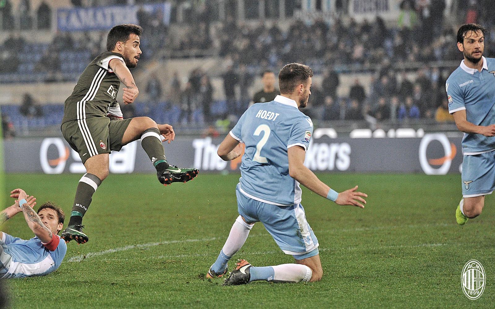 Il gol di Suso durante Lazio-Milan